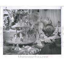 1962 Press Photo Weslyn Baird, daughter of The Willard Bairds, in angel land