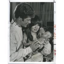 "1980 Press Photo Actors Brian Patrick Clark and Susan Richardson on ""8 is Enough"