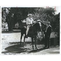 Press Photo Police sheriffs mount horse posse - RSH93581