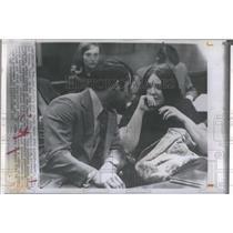 "1971 Press Photo  Bertha Louise Roman, ""Lulu"" on Heehaw & Attorney Robert Cole"