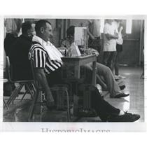 1972 Press Photo Ray White Wrestling Referee Sports