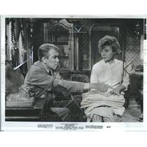 1965 Press Photo Glynis Johns Actress James Stevart - RRR82413