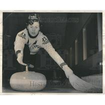 1953 Press Photo Curling