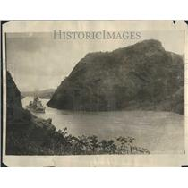 1925 Press Photo Ship Sailing through Panama Canal - RRR88077
