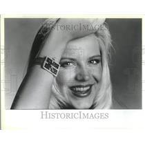 1985 Press Photo Fun Bracelet Wrist Watch Rhinestone