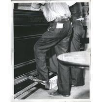 1937 Press Photo Gamblers Miners Gold Prospectors Old - RRR97867