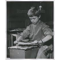1956 Press Photo Little Prince Mechanical toy boyPotte - RRR98853