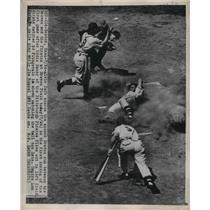 1949 Press Photo Alvin Dark Scores Run For Atlanta Braves