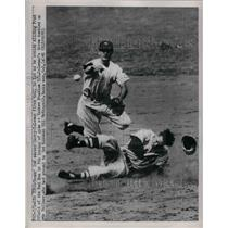 1951 Press Photo New York Yankee's Gerry Coleman And Red Sox's Fred Hatfield
