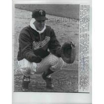 1961 Press Photo Minnesota Twins catcher Hal Naragon