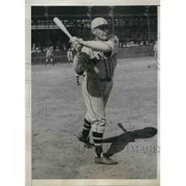1935 Press Photo Randolph E. Moore, Outfielder of Boston Braves