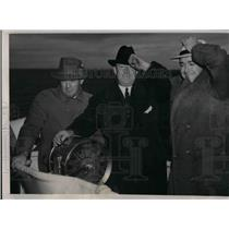 1940 Press Photo Chicago Cubs' Gabby Hartnett, Larry French, Bill Lee on boat