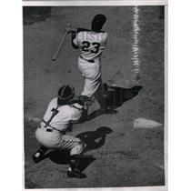 1952 Press Photo Bobby Thomson flies out to center field - nea08395