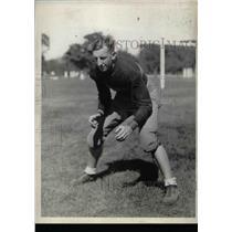 1932 Press Photo College Football Captain L.J. Lincoln On Field