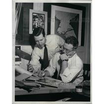 1953 Press Photo CBS  new correspondent, Doug Edwards & Aaron Ehrlich