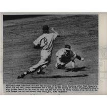 1951 Press Photo Browns Delsing Dives For Rizzuto Shory Fly But Ball Falls