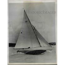 1933 Press Photo Bermudan boat in the Barbara race series - nea36878
