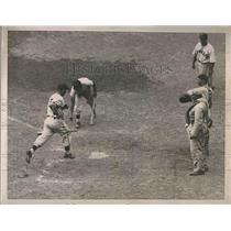 1935 Press Photo Tony Cuccinello Crosses plate Brooklyn Run