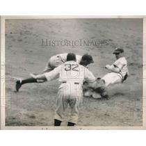 1938 Press Photo Third Inning Bill Cissell Giants Rosen Lavagetto