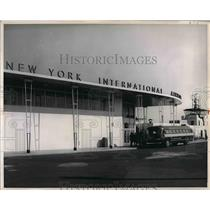 1961 Press Photo Idlewild Airport Passenger Terminal Control Tower - nea56441