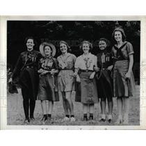 1941 Press Photo Girl Guides & Girl Scouts, JE Crooks,J Crosswell, MC Tejado,A Fuller,N Magner