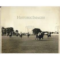 1929 Press Photo Malcolm Stevenson Driving Ball Polo Westbury Vs. Freebooters