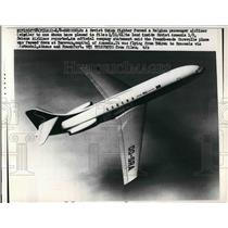 1962 Press Photo Belgian passenger airliner flying through the air - nea56666
