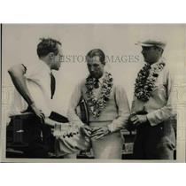 1927 Press Photo Richard Grace CC Spang Reporter Pilot Mechanic - nea65217
