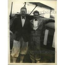 1928 Press Photo Pilot John P Wood & mechanic Fred Cole & their plane