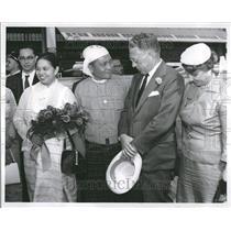 1955 Press Photo Premier U Nu Burma Seldon Duame - RRT13079