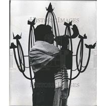 1969 Press Photo Stuart Bilack Shofar Rosh Hashana - RRT04601