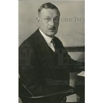 1931 Press Photo Favorite portrait Colonel Maurice Day