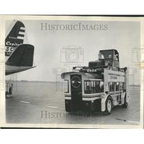 1957 Press Photo Air planes passengers Chicago - RRT23427