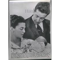 1966 Press Photo Princess Ana France Prince Carlos Baby - RRT66185