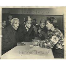 1949 Press Photo Red Cross Disaster Center Forrestville - RRT21367
