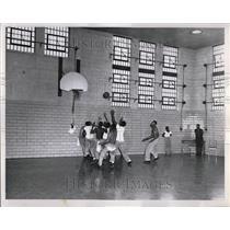 1961 Press Photo Boys kept busy at basketball