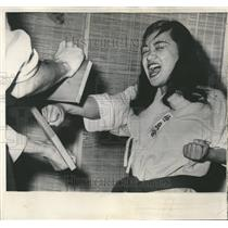 1961 Press Photo Linda Cabacungan Karate Student Boards - RRT24963