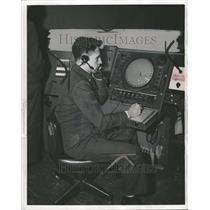1956 Press Photo Rador Scopes Lt Charles T Christine - RRT01357