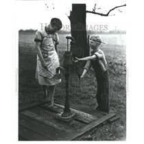 1992 Press Photo Mich School Children