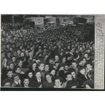 1945 Press Photo Union Strike Meeting St Alphonsus Hall - RRT20899