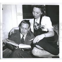1944 Press Photo James MCClain Radio Listner Small Week