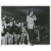 1955 Press Photo Robert Calihan Detroit Pistons Coach - RRT12959