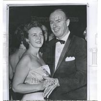 1958 Press Photo Walter Simmons, grand ballroom NY