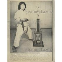 1973 Press Photo Zinnia Superior Karate Cleveland Ohio - RRS40897