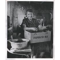 1957 Press Photo Mrs Josephine Kelly Indians - RRS69691
