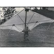 1975 Press Photo Hand Gliding - RRS28439