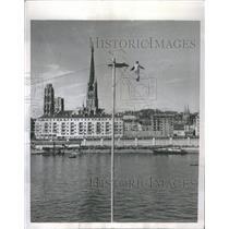 1954 Press Photo Jean Elleano Tight Rope Walks Seine - RRS36743