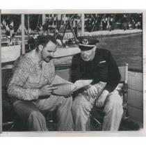 1946 Press Photo Deep Sea Explorers Williamson Erikson - RRS95131