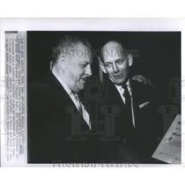 1964 Press Photo Chet Aubuchon and Clarence L. Munn - RRS77973