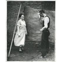 1935 Press Photo Spring Season Transition Leo Spiehl - RRS49041